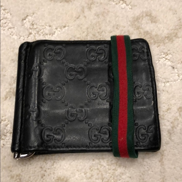 428ac671cde Gucci Other - Gucci wallet with money clip   stripe band